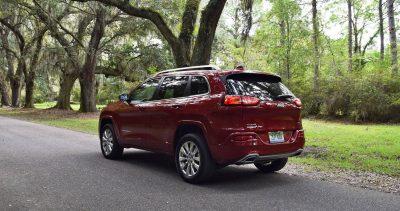 2016-jeep-cherokee-overland-4x4-16