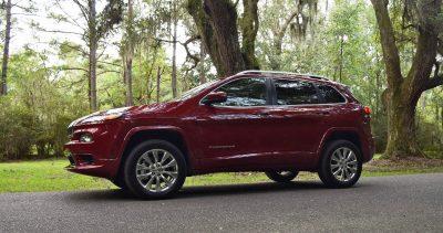 2016-jeep-cherokee-overland-4x4-20