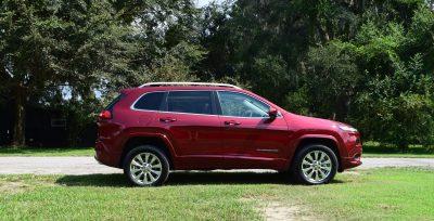 2016-jeep-cherokee-overland-4x4-33