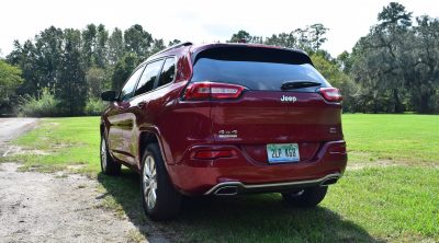 2016-jeep-cherokee-overland-4x4-37