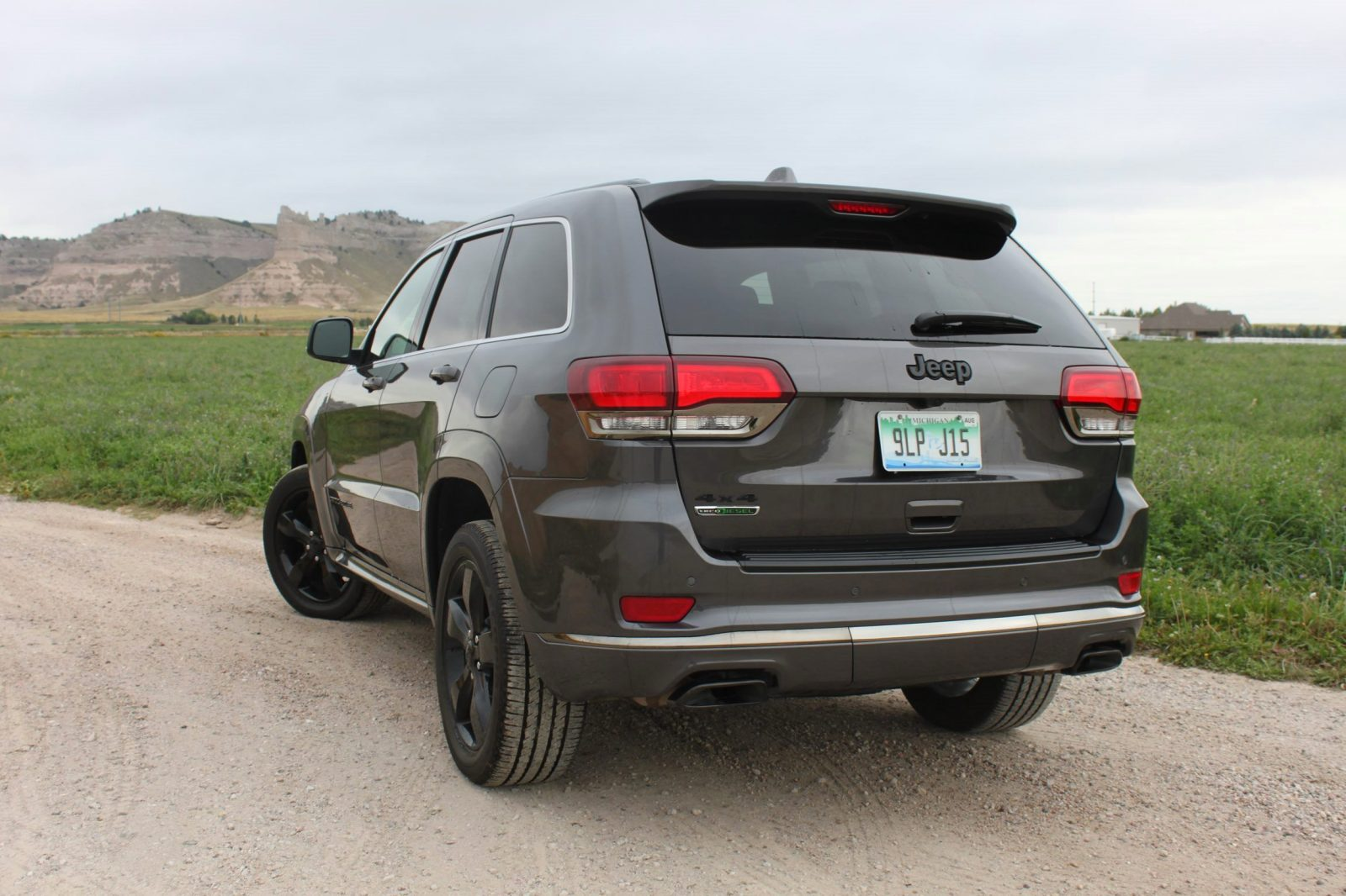2017 jeep grand cherokee overland review. Black Bedroom Furniture Sets. Home Design Ideas