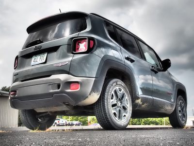 2016-jeep-renegade-trailhawk-review-26