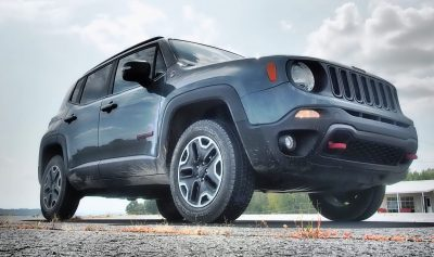 2016-jeep-renegade-trailhawk-review-28