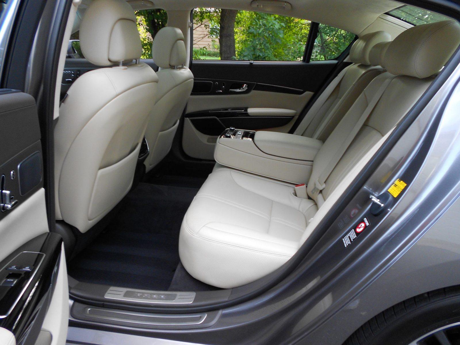 2016 kia k900 luxury interior photos ken glassman 2. Black Bedroom Furniture Sets. Home Design Ideas