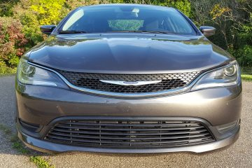2016 Chrysler 200 Touring LX – Road Test Review – By: Carl Malek