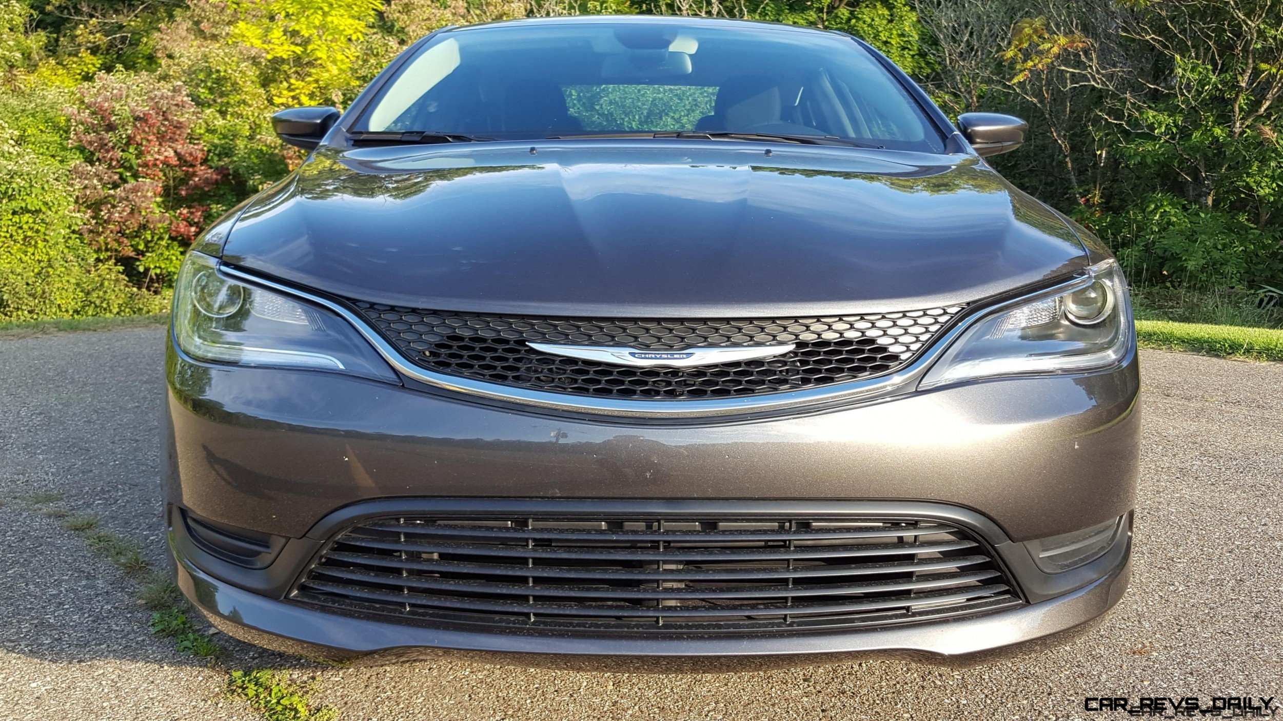 photo vehicle sacramento sedan chrysler ca headlight lx details