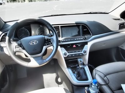 2017-hyundai-elantra-limited-road-test-review-by-lyndon-johnson-19