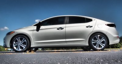 2017-hyundai-elantra-limited-road-test-review-by-lyndon-johnson-3