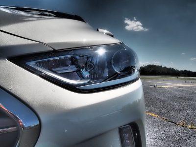 2017-hyundai-elantra-limited-road-test-review-by-lyndon-johnson-9