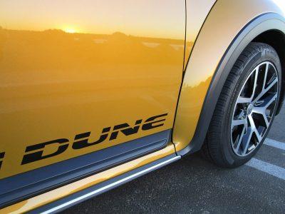2017-vw-beetle-dune-cabriolet-9
