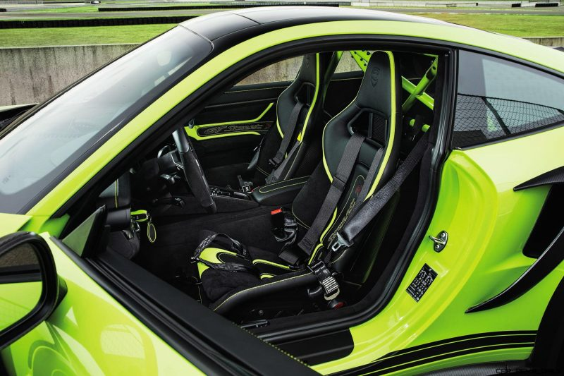techart_gtstreet_r_interior_01