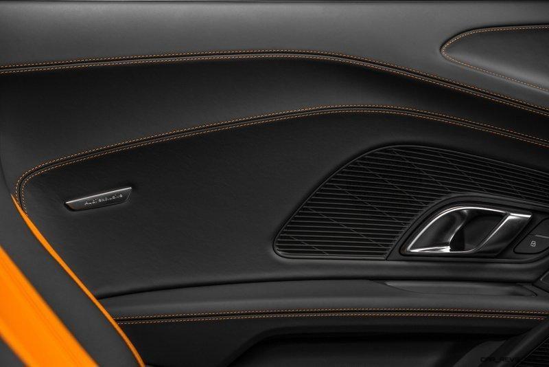 Audi R8 V10 Plus Exclusive Edition (door pull)