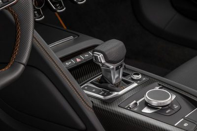 Audi R8 V10 Plus Exclusive Edition Interior (shifter)
