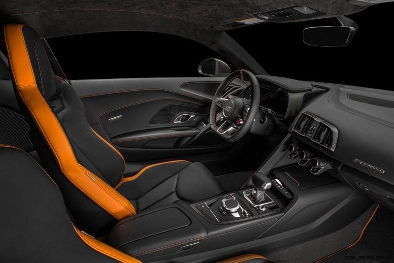 Audi R8 V10 Plus Exclusive Edition (wide shot)