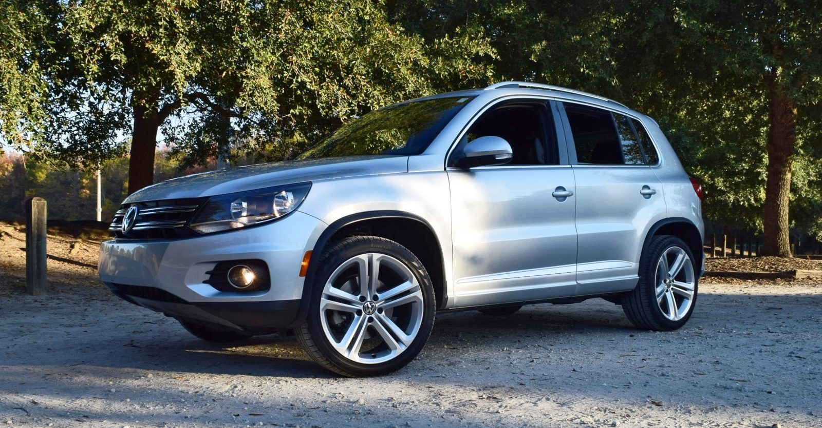 2016 vw tiguan r line review 25. Black Bedroom Furniture Sets. Home Design Ideas
