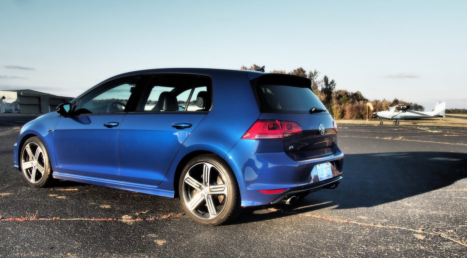 2016 vw golf r lapiz blue by lyndon johnson 3. Black Bedroom Furniture Sets. Home Design Ideas