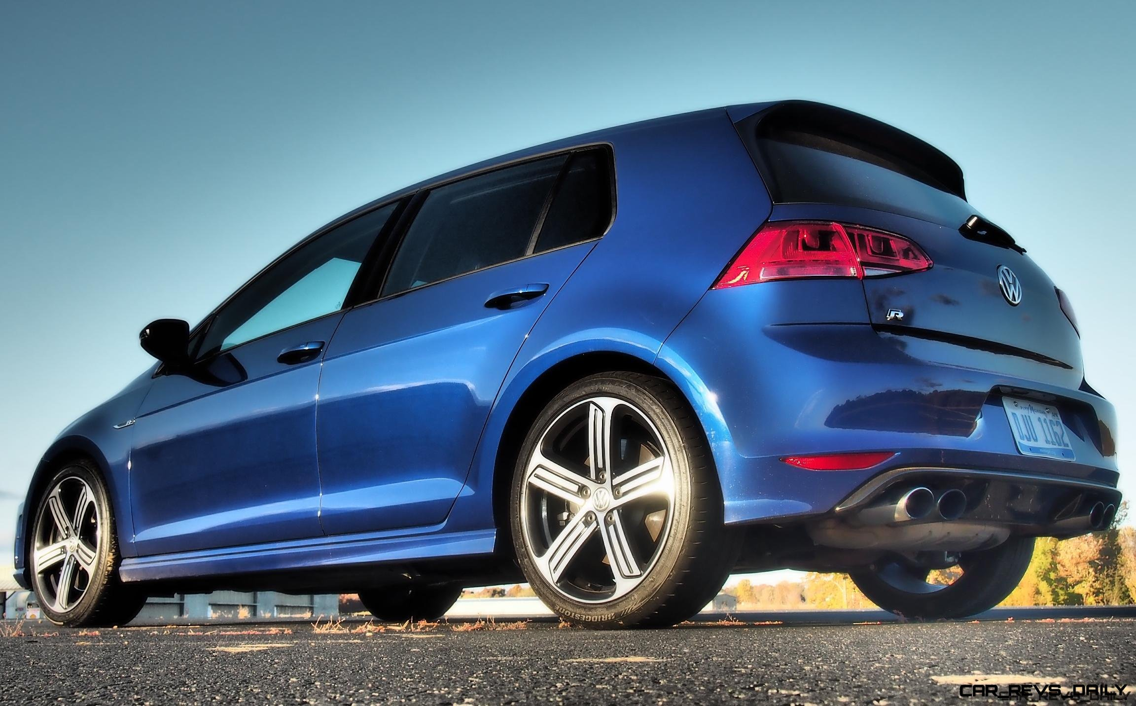 2016 VW Golf R Lapiz Blue by Lyndon Johnson 5