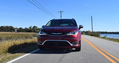 2017 Chrysler Pacifica 1
