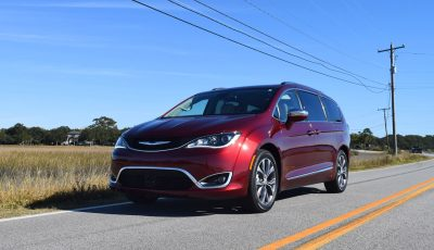 2017 Chrysler Pacifica 3