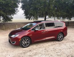 2017 Chrysler Pacifica – HD Drive Review – VAN OF THE YEAR Award-Winner