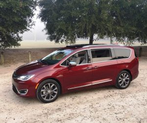2017 Chrysler Pacifica Hd Drive Review Van Of The Year Award Winner