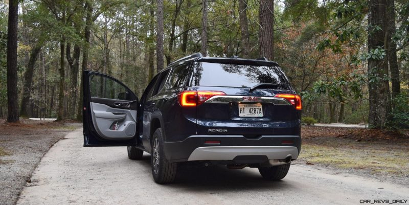2017 GMC Acadia Exteior Photos 24