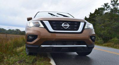 2017 Nissan Pathfinder Platinum 4WD 9