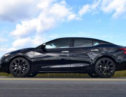 2017 Nissan Maxima SR Midnight Edition – HD Road Test Review