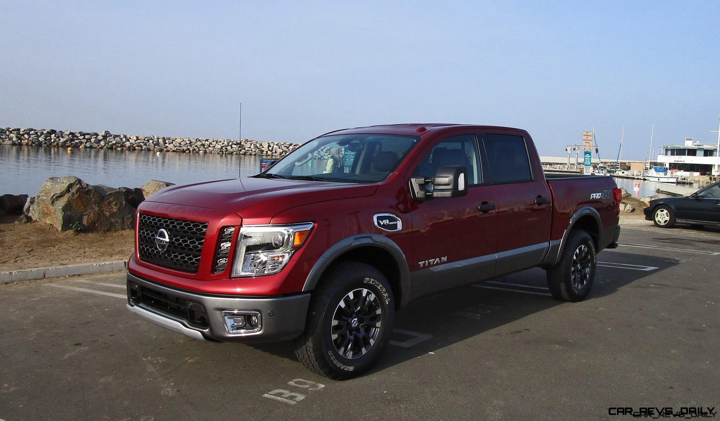 2017 nissan titan pro4x v8 road test review by ben lewis. Black Bedroom Furniture Sets. Home Design Ideas