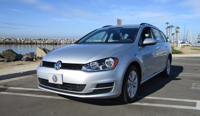 The Lines Of All Golfdom Are Crisp And Clean A Step Up From More Potato Esque Jetta Wagon We D Say It S Handsome