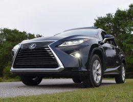 2017 Lexus RX350 – Design Analysis Video with 40 New Photos