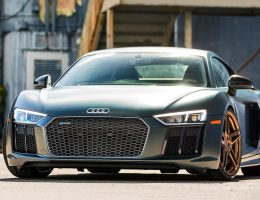 Gallery: 2017 Audi R8 V10 Plus on VOSSEN Gold Forged Wheels