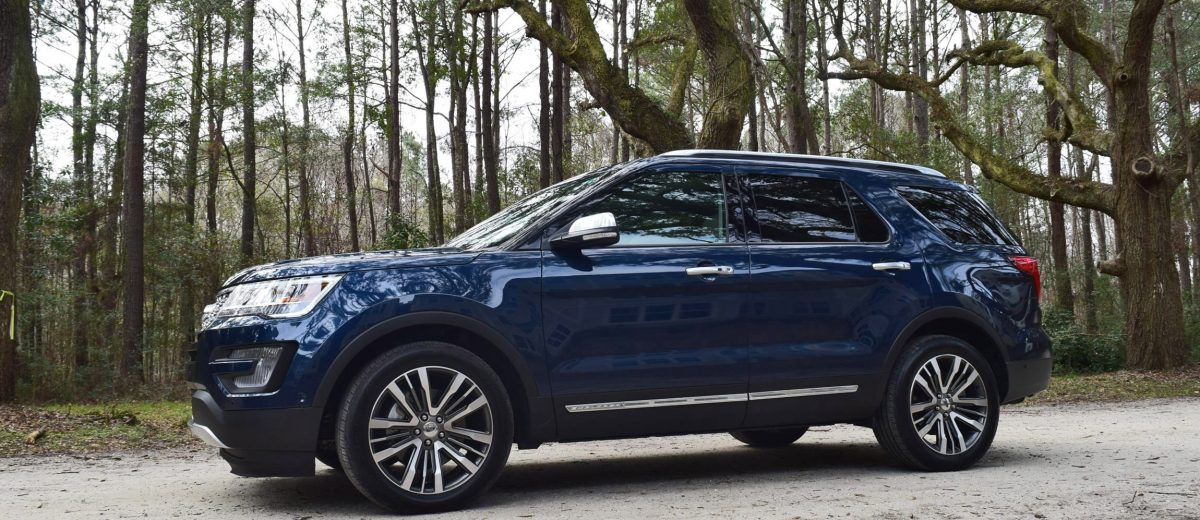 2017 ford explorer platinum 4x4 hd road test review car shopping. Black Bedroom Furniture Sets. Home Design Ideas