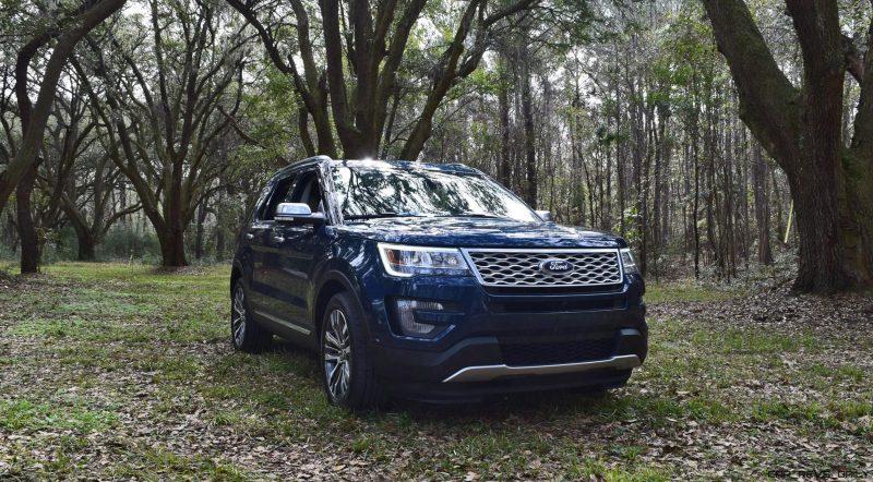 2017 Ford Explorer PLATINUM Exterior 29