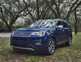2017 Ford Explorer Platinum 4×4 – HD Road Test Review