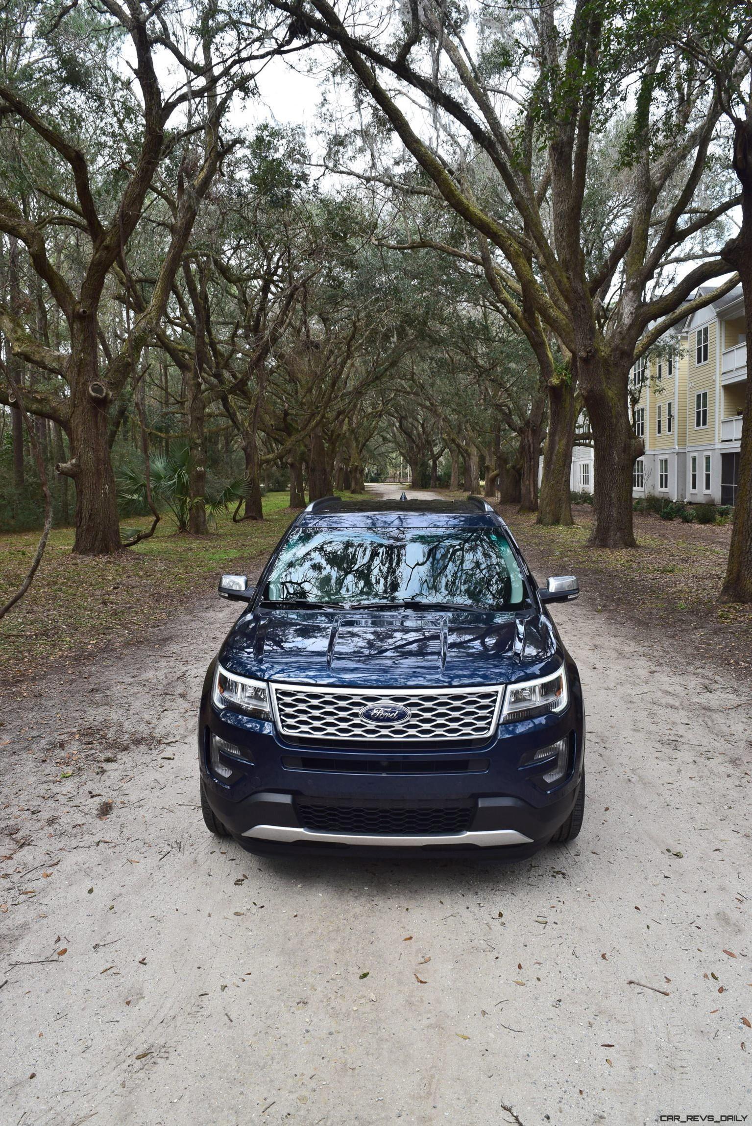 2017 Ford Explorer Platinum Exterior 9