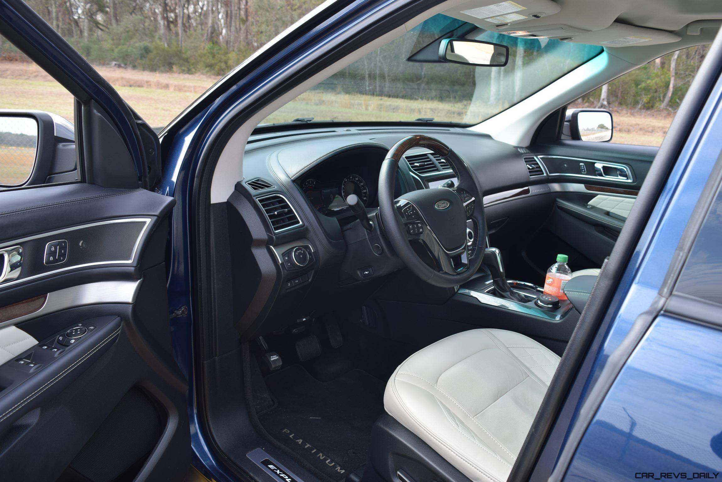 2017 ford explorer platinum interior 1