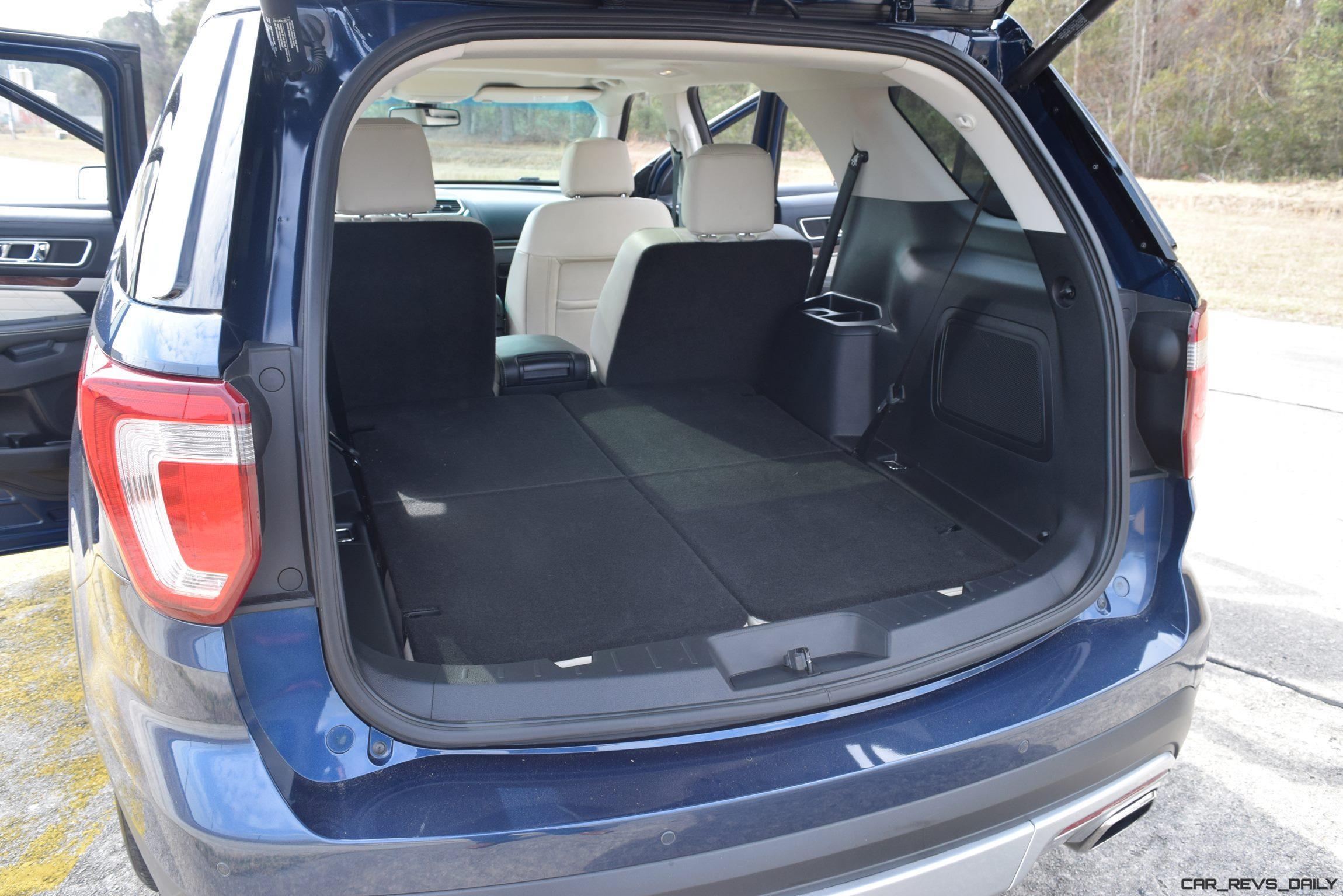 2017 Ford Explorer Platinum Interior 16
