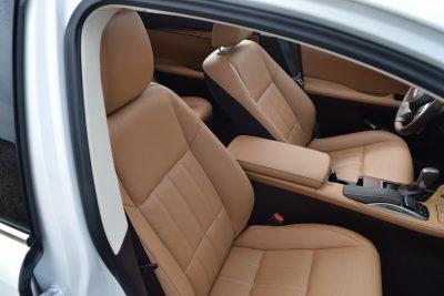2017 Lexus ES350 Interior 4