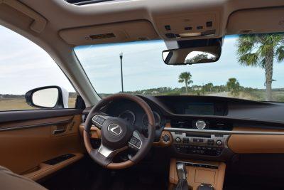 2017 Lexus ES350 Interior 7
