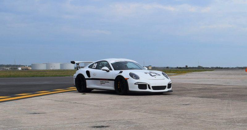 2017 Porsche 911 GT3RS 22