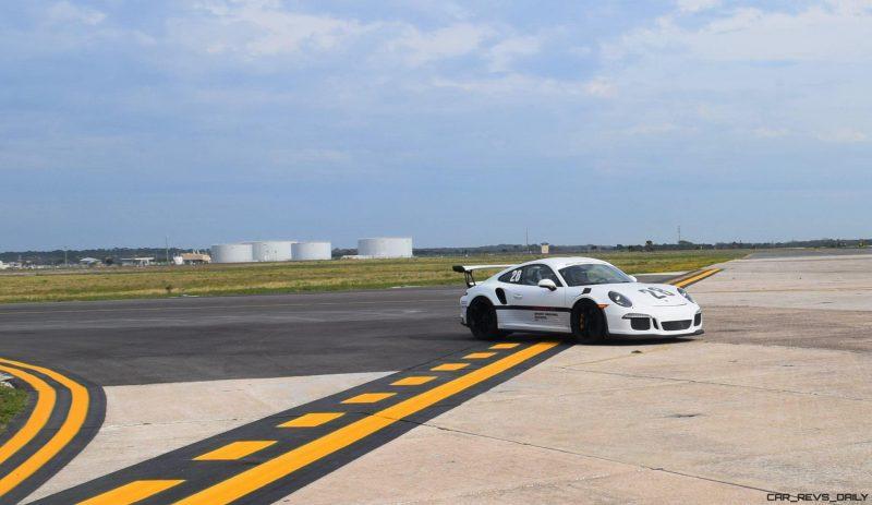 2017 Porsche 911 GT3RS 4