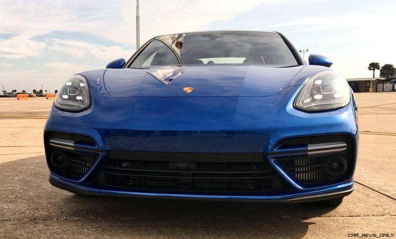 2017 Porsche Panamera TURBO Exterior 17
