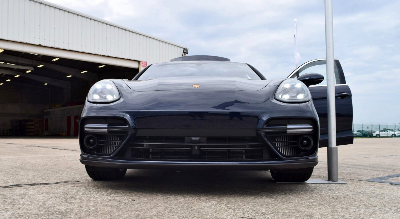 2017 Porsche Panamera TURBO - Startup/Exhaust Video + 44 Photos