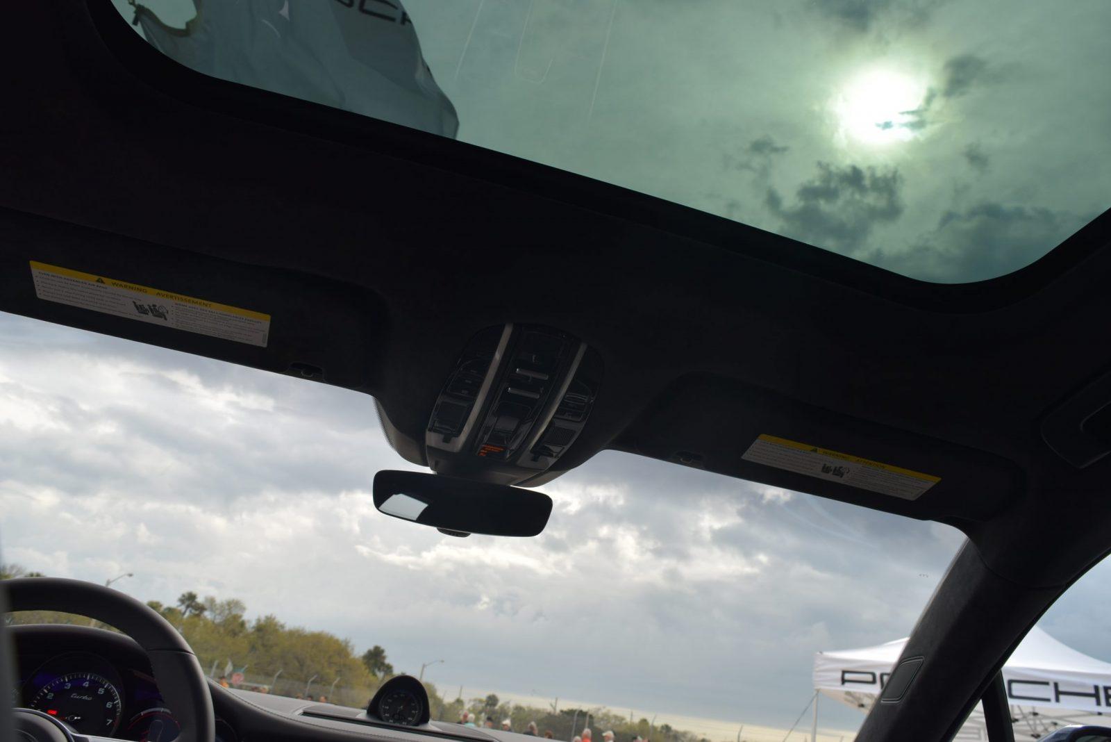 2017 Porsche Panamera TURBO Interior 13