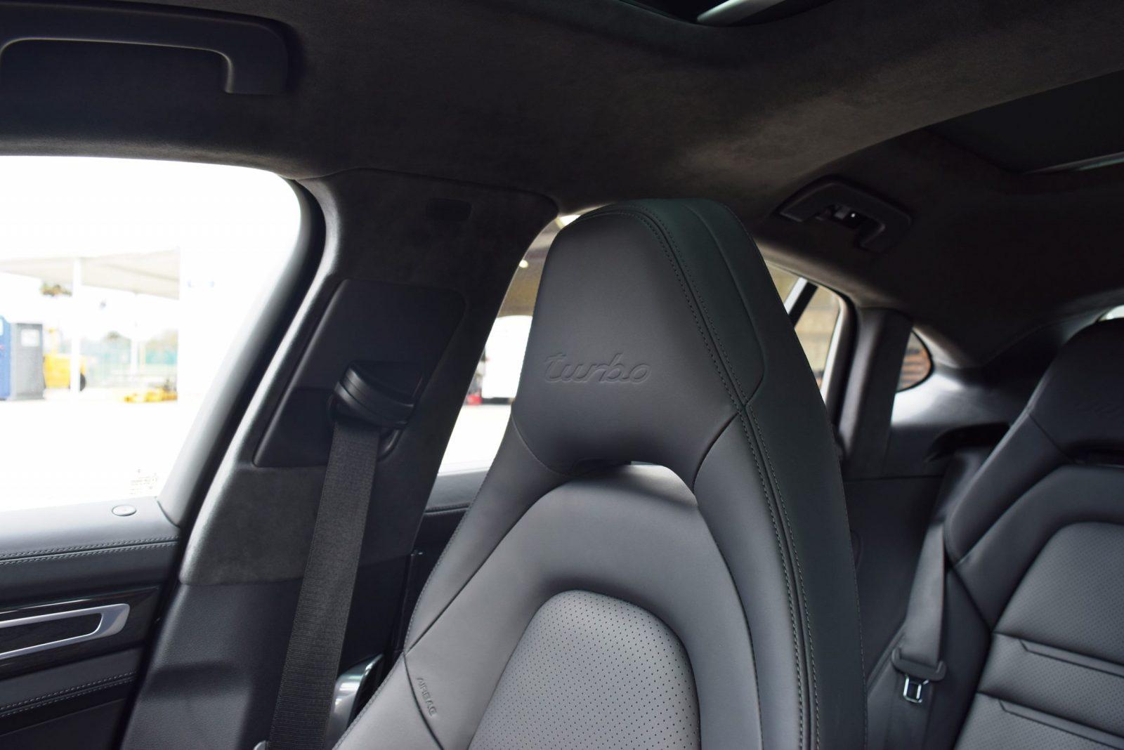 2017 Porsche Panamera TURBO Interior 18