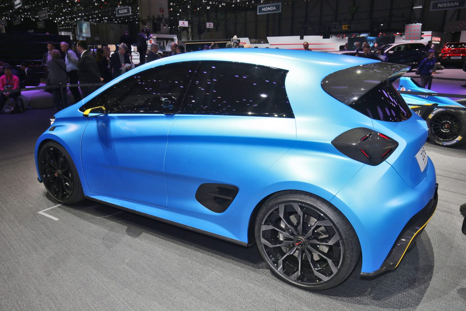 2017 Renault ZOE E-Sport 3