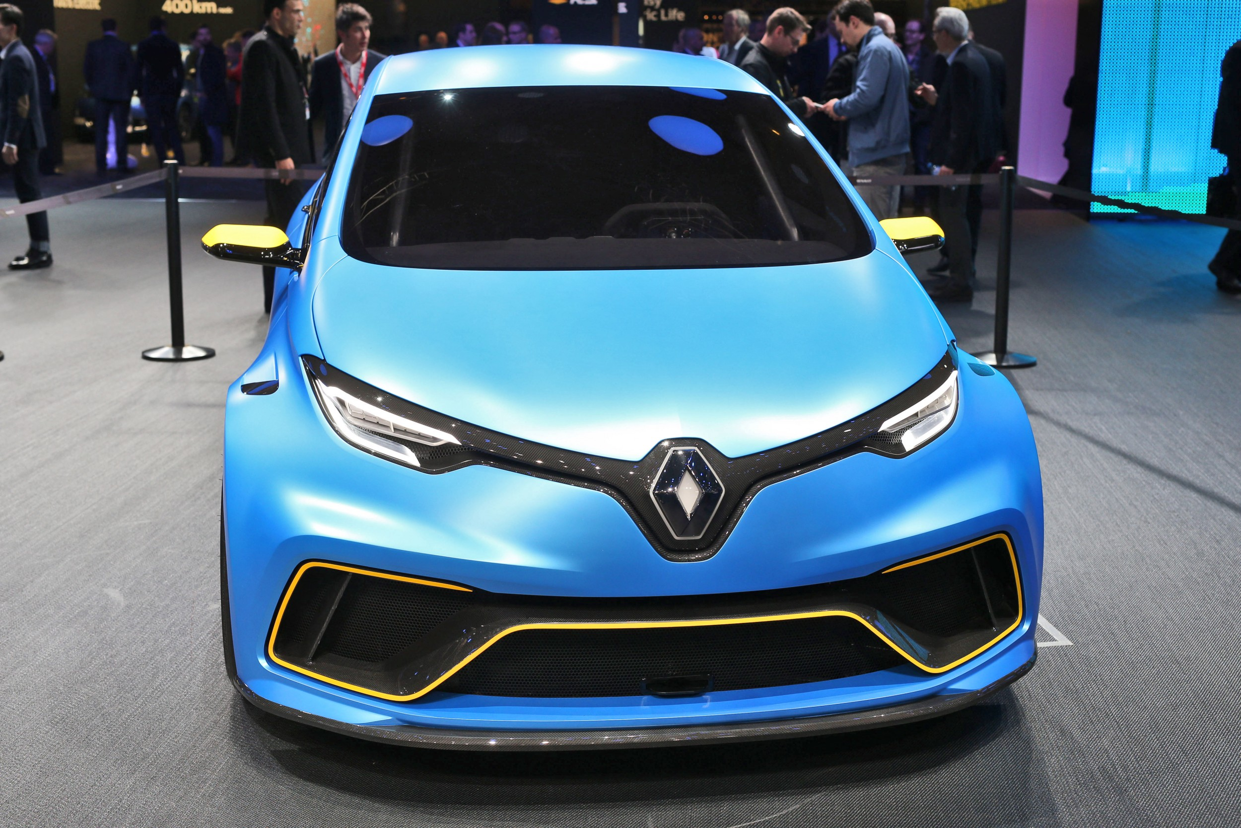 2017 renault zoe e sport concept is geneva highlight. Black Bedroom Furniture Sets. Home Design Ideas