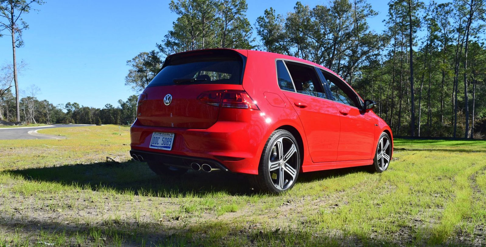 2017 vw golf r review 33. Black Bedroom Furniture Sets. Home Design Ideas