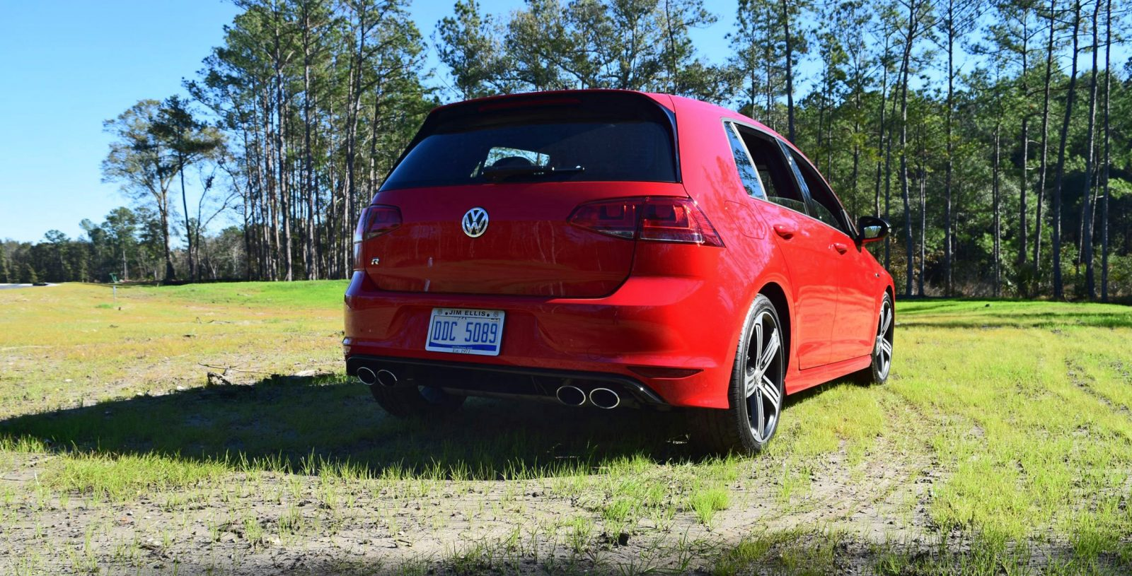 2017 vw golf r review 34. Black Bedroom Furniture Sets. Home Design Ideas
